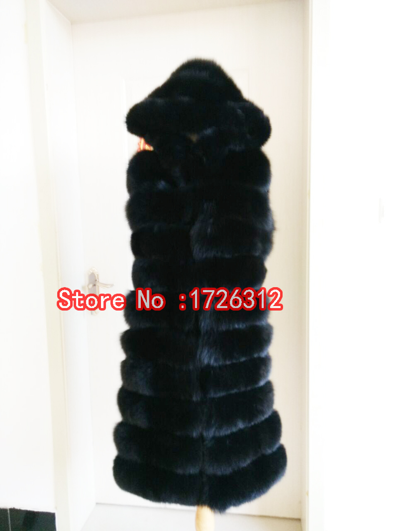 Nová vesta z liščí kožešiny s kapucí a dlouhá sekční lišta s vestou z líčí kožešinové vesty