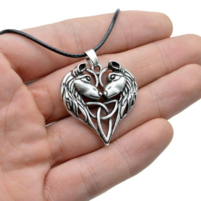 Wolf totem necklace - photo#48