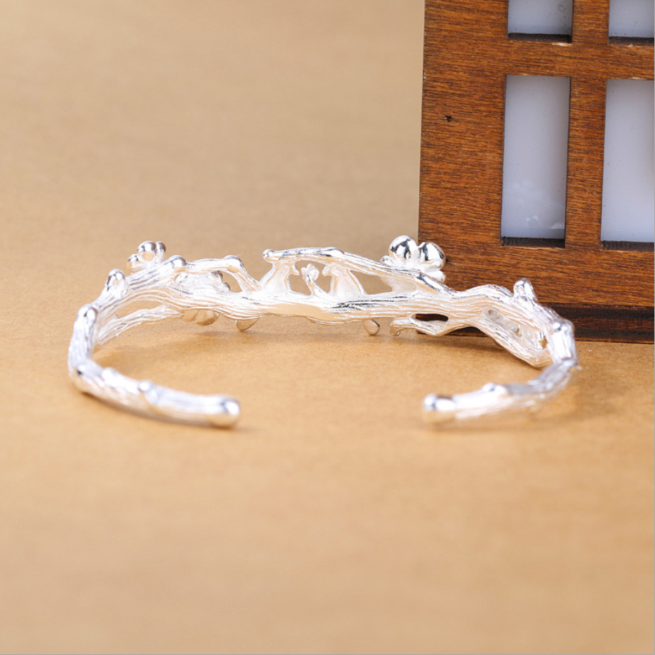 New Arrival Temperament Creative Fashion 925 Sterling Silver Jewelry Bracelets Cute Bird Plum Blossom Christmas Bangles in Bracelets Bangles from Jewelry Accessories