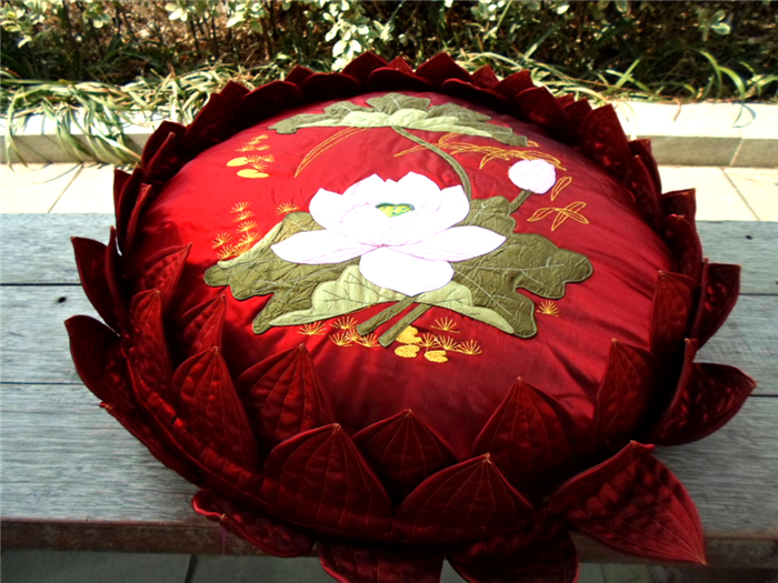 Pillow cushion lotus meditation cushion prostration mat worshipping mat in cushion from home for Lotus garden meditation center