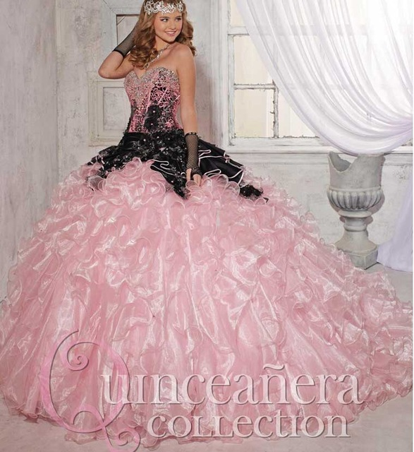 2016 New Pink Black Quinceanera Dresses Sweet 15 Dress With Flowers