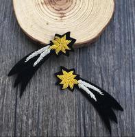 Étoile filante Indien Soie Emboridered Patch Broche Perlée Applique Patches Vintage Brodé Badge Mode Vêtements Décoration