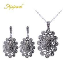 Ajojewel 2016 Silver Women Jewelry Set Black Crystal Hollow Flower Vintage Necklace Sets
