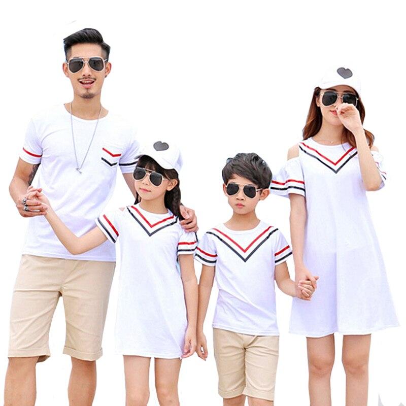 5d8db1f2cd3bf9f 2019 одинаковые комплекты для семьи, платья для мамы и дочки, летние  футболки для папы