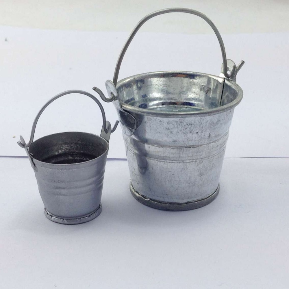 A small galvanized bucket has millions of occasions to be used. With our vast selection of small tin buckets you are sure to find a pail perfect for serving peanuts, .