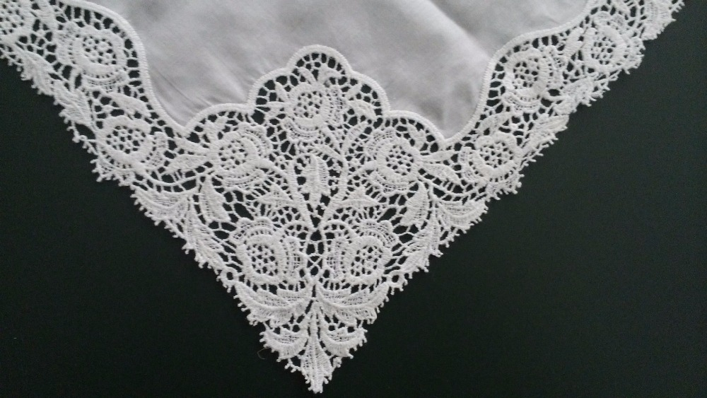 Hight quality white 100% cotton computer Swiss fine lace embroidery handkerchief lace flowers lady handkerchief