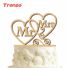 Tronzo 1 Set Wedding Cake Topper MR & MRS Cuore Letter Wooden Topper Cake Decorations For Wedding Engagement Party Bomboniere per adulti