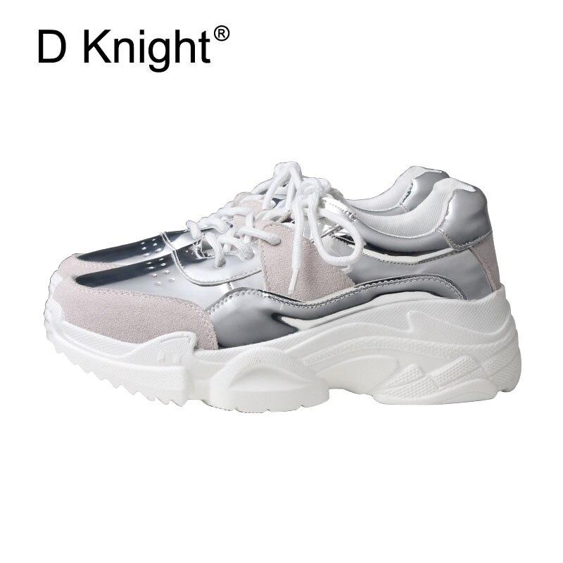 b14d9d199 2018 Sapatos De Couro Primavera Mulheres Casuais Sapato Trepadeiras  Holograma de Prata sapatos de Salto Planas Moda Jovem Harajuku Sapatos  Plataformas em ...