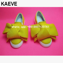цена на 2017 Spring women Big bow knit shoes Round Toe Low Top Slip On Flat bowtie buttlerfly knot Casual Shoes Platform Trainers Ladies