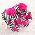 Negro Blanco Marca Zebra Flor de Verano Suela Blanda PU Mocasines de Cuero Del Niño Del Bebé Niñas Zapatos de Bebé de Interior Paseo Scarpe Neonata