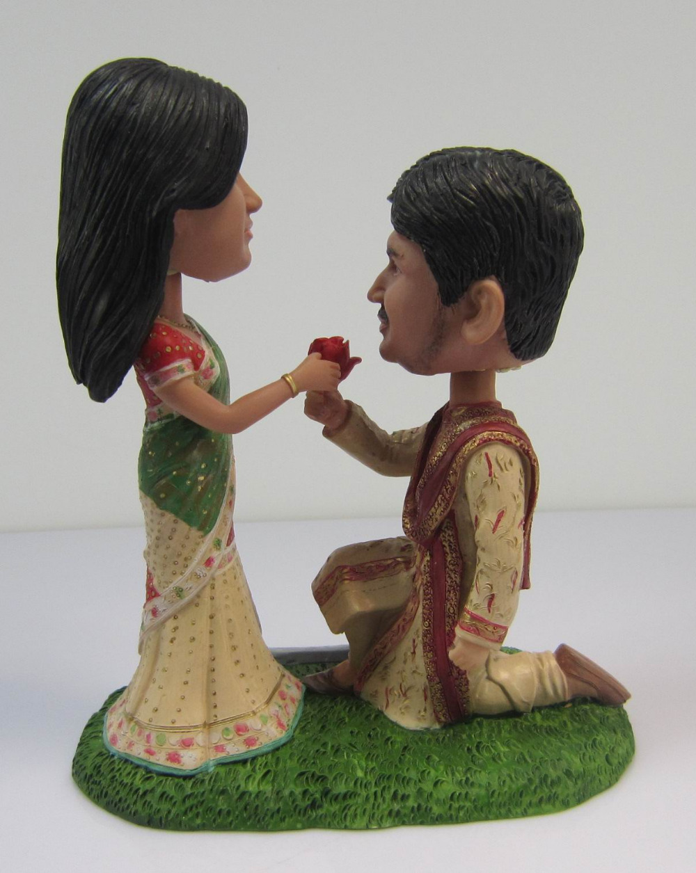 Fedex free shipping personalized bobblehead doll india propose fedex free shipping personalized bobblehead doll india propose wedding gift wedding decoration polyresin in cake decorating supplies from home garden on junglespirit Images