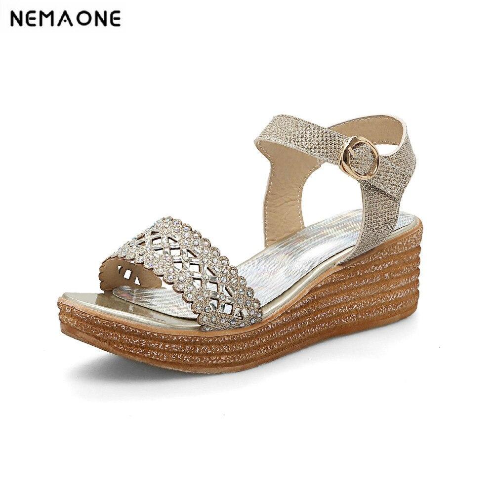 Nouveau casual femmes chaussures d'été à talons hauts chaussures femme lady brillant coins plate-forme chaussures d'été femmes sandales