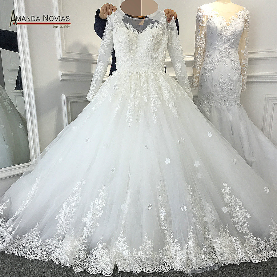 New Bridal Wedding Gown Centre: 2017 New Design Long Sleeve Ball Gown Luxury Wedding Dress