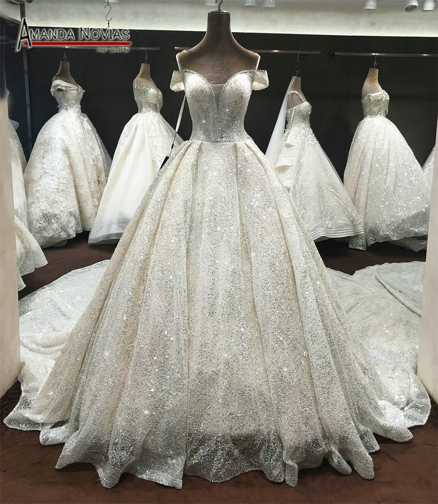 Wedding Gown 2019 Crystal Dress Bling Bling Long Royal Train Wedding Dress eb26998ba786