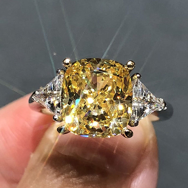 Solid 18K White Gold 2ctw Yellow Moissanite Cushion Ice Cut Similar Yellow Diamond Fine Gold Jewelry For Women
