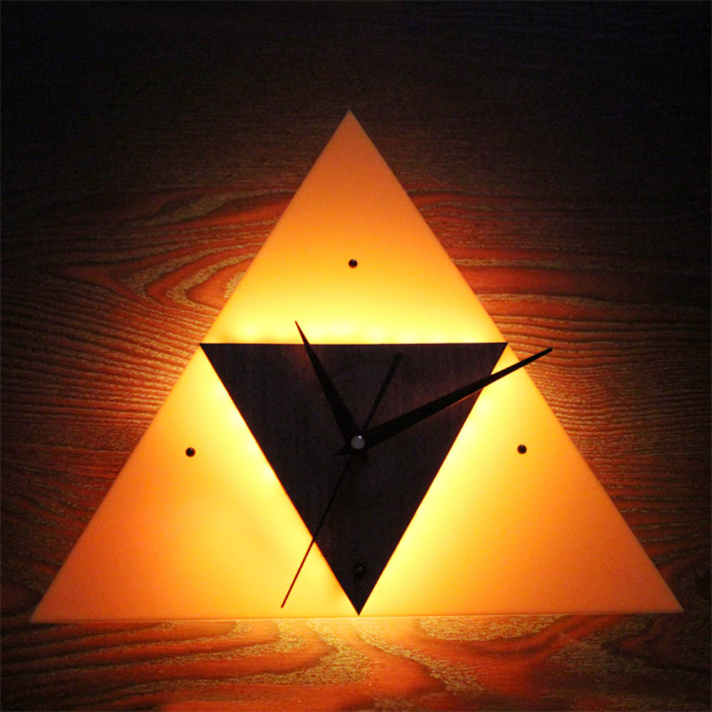 Vintage The Legend of Zeld Triangle Creative LED Wall Lamp Clock ...