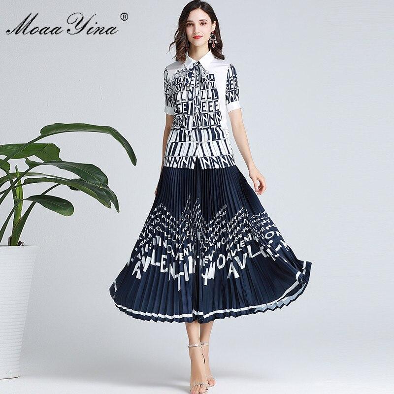 Kadın Giyim'ten Kadın Setleri'de MoaaYina Moda Tasarımcısı Set Bahar Sonbahar Kadın Kısa kollu Mektubu Baskı Zarif Gömlek Tops + Pilili Etek Iki parça takım elbise'da  Grup 1
