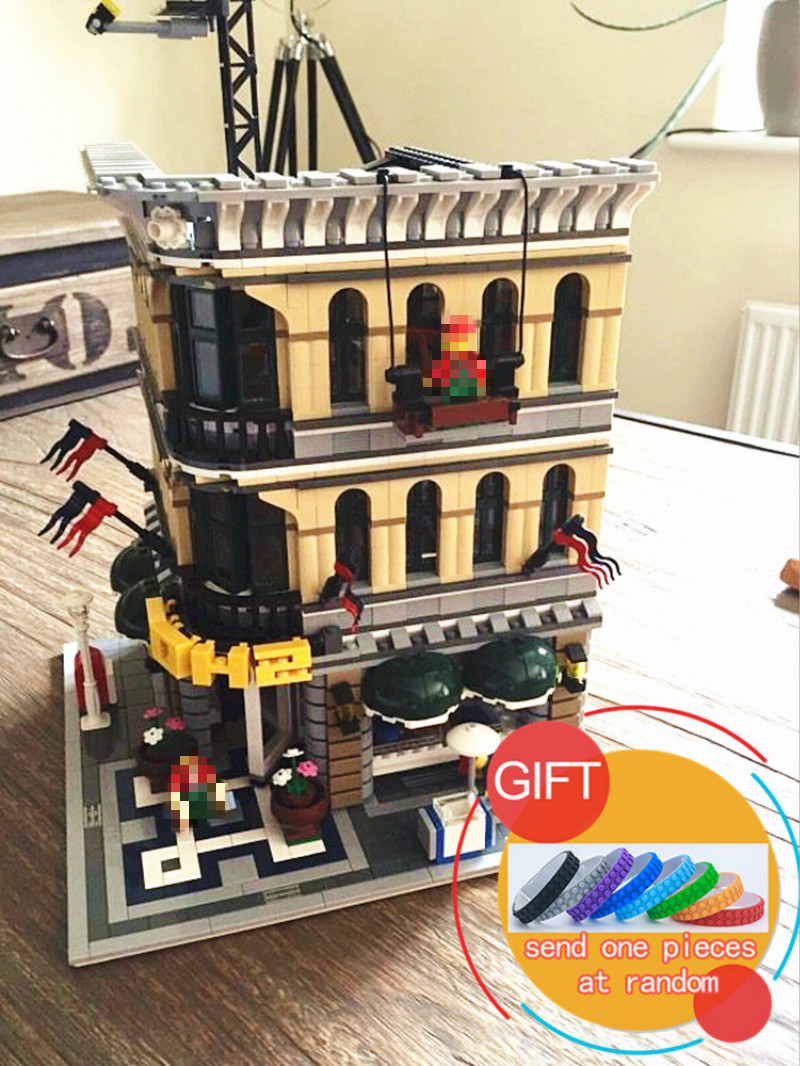 15005 2232pcs City Series Grand Emporium set Compatible with 10211 Model Building Blocks Kits Brick toys lepin a toy a dream lepin 24027 city series 3 in 1 building series american style house villa building blocks 4956 brick toys