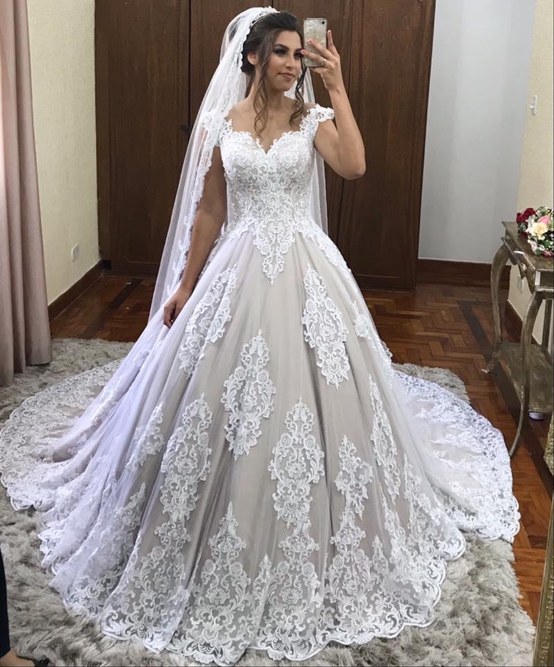 Vestido De Noiva Unique Lace Appliques Luxury Wedding