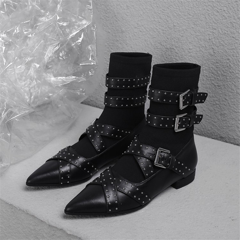 2018 Flat heel Women Boots rivets studded Ankle Boots Pointy toe short Booties three Strap buckled 2018 fall winter sock shoes все цены