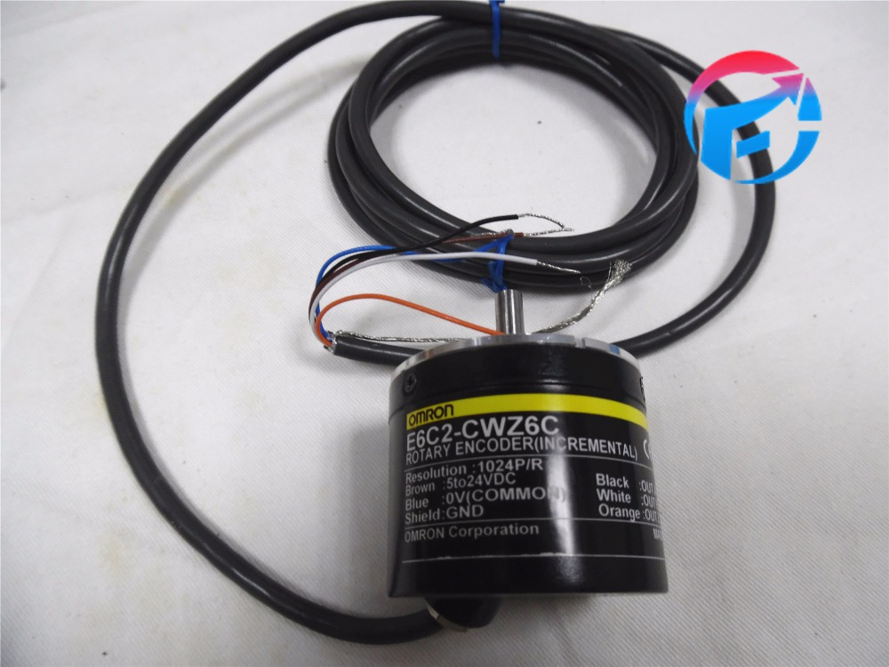 incremental rotary encoder E6C2-CWZ6C choose Resolution 1024 P/R 5-24 VDC compatible omr e6c2 cwz6c 360p r encoder incremental 5 24vdc 360 resolution e6c2cwz6c 360ppr new in box free shipping