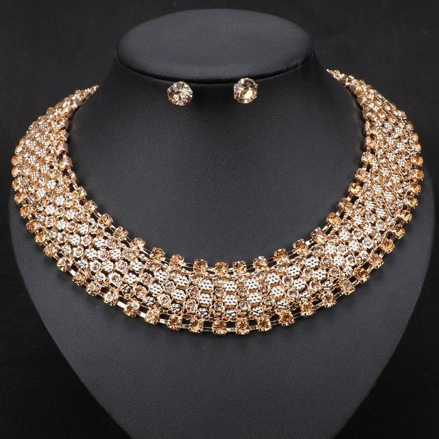 Donne Dell'annata Del Collare Del Choker dichiarazione di Modo Della Collana A Catena Color Oro Collana Di Cristallo Orecchini Set di Gioielli
