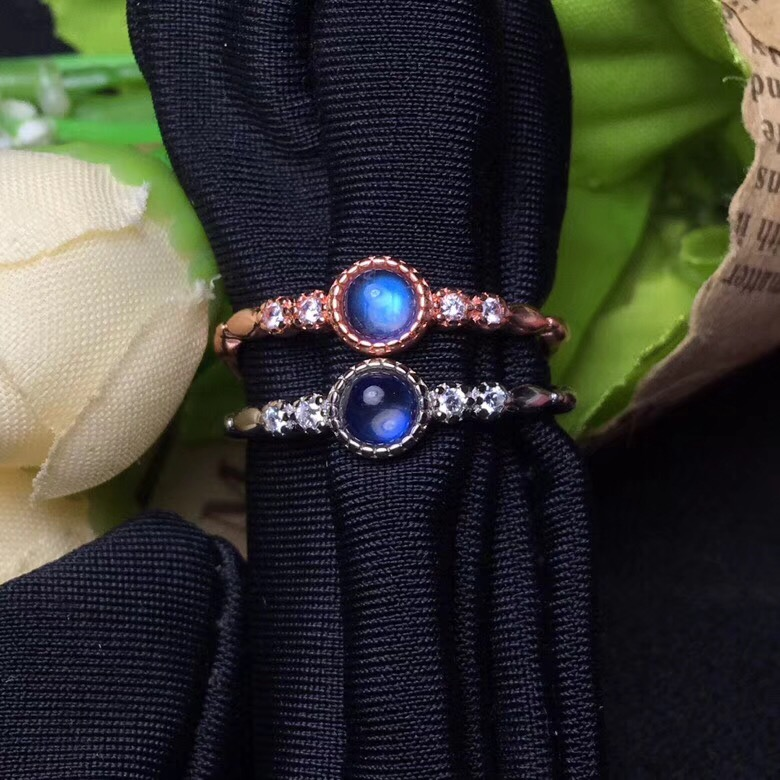 Natural blue moonstone ring, simple and exquisite, good quality gemstone, 925 silver
