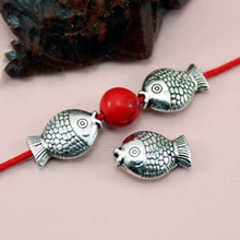 цена TJP 10pcs Tibetan Antique Silver Tone Animals Cute Fish Spacers Bead for Bracelets Necklaces DIY Jewelry Making Findings 8x12mm