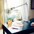 Strawhat little girl modern office table lamp