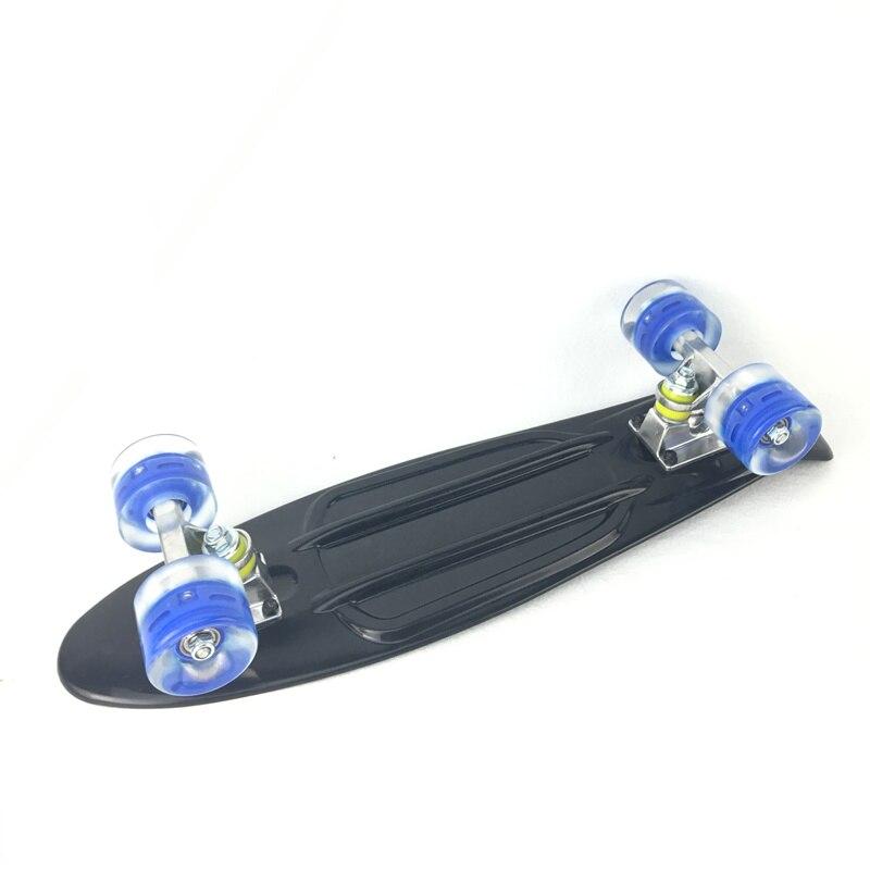 3 couleurs Pastel quatre roues 22 pouces Mini Cruiser Skateboard rue longue planche à roulettes Sports de plein air avec roues lumière LED - 4