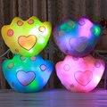 2016 New Romantic 7 Cores de Pelúcia Travesseiro Brilho Mudando LED Glowing luz Urso Bonito Palma Almofada Travesseiro Macio Recheado Brilham travesseiro