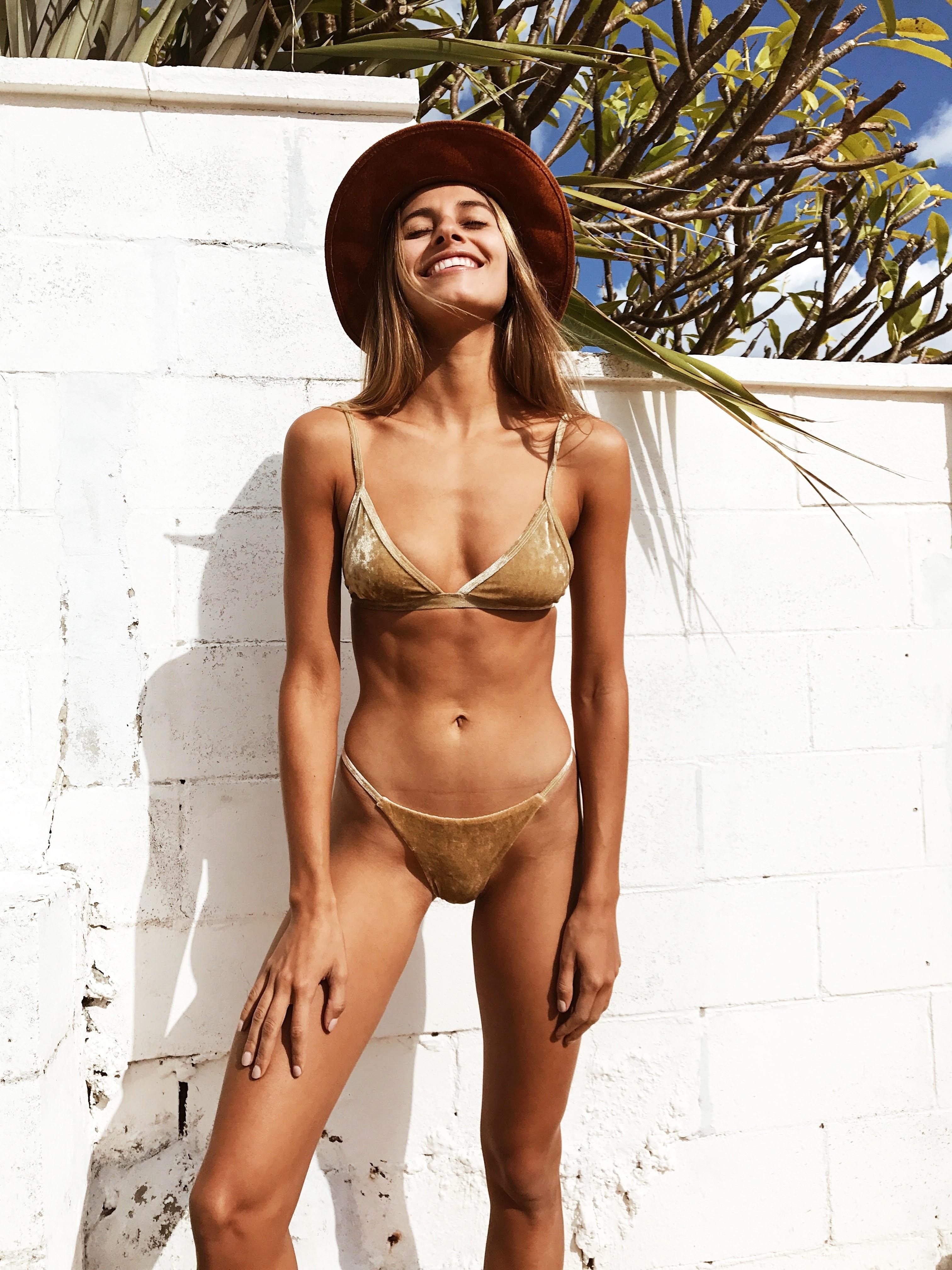 435e033e9b Pocket Girl 2018 Women Padded Bra Swimsuit Ladies Bikini Bandage Bikini Set  Swimwear Beachwear Micro Bikinis Femmes Maillot de-in Bikinis Set from  Sports ...
