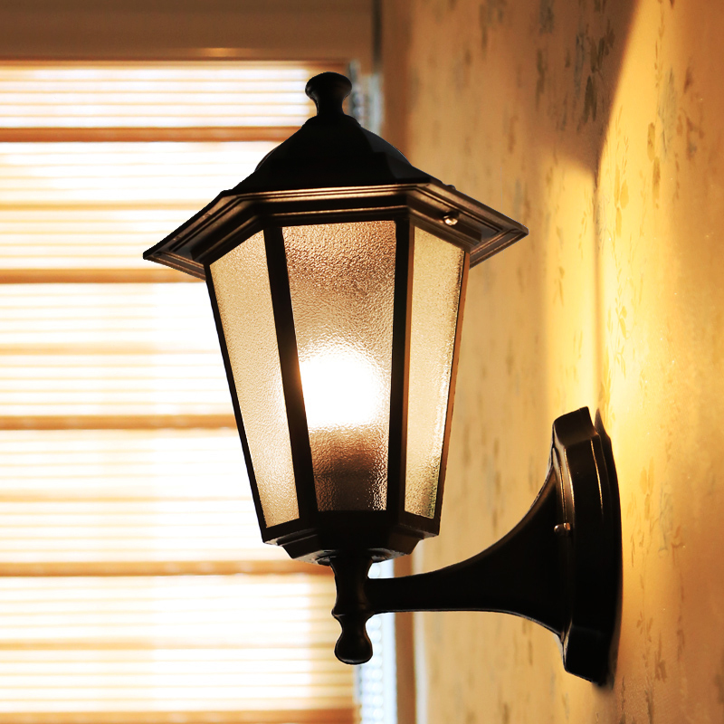 Outdoor Lighting Wall Lamp led Outdoor Light Fixtures Outdoor Up And Down Wall Light Waterproof Wall Sconce led Light Waterproof