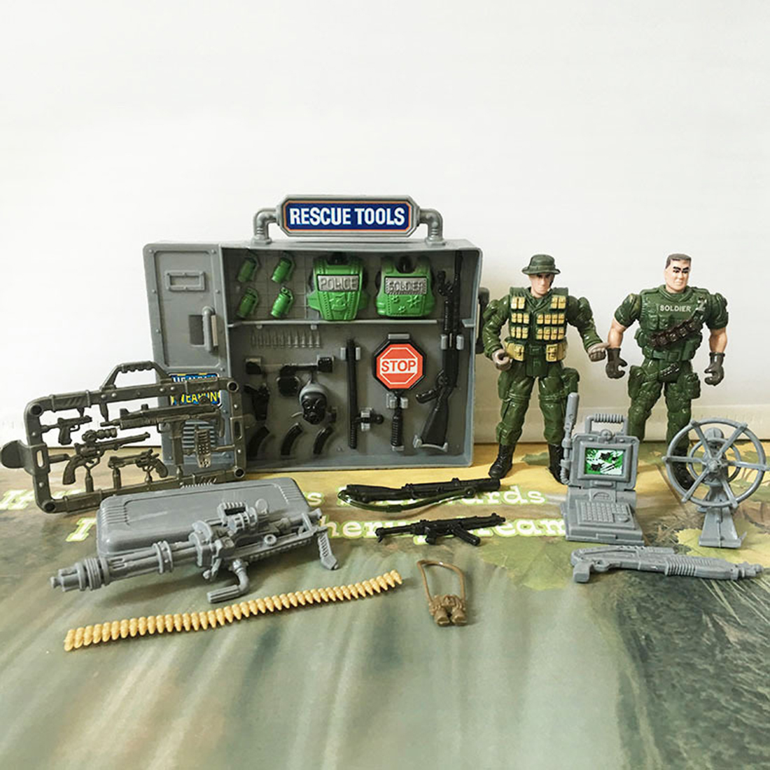 Joint Movable Special Forces Military Model Kit Simulation CS Soldier Toy Set For Children Playing Kit