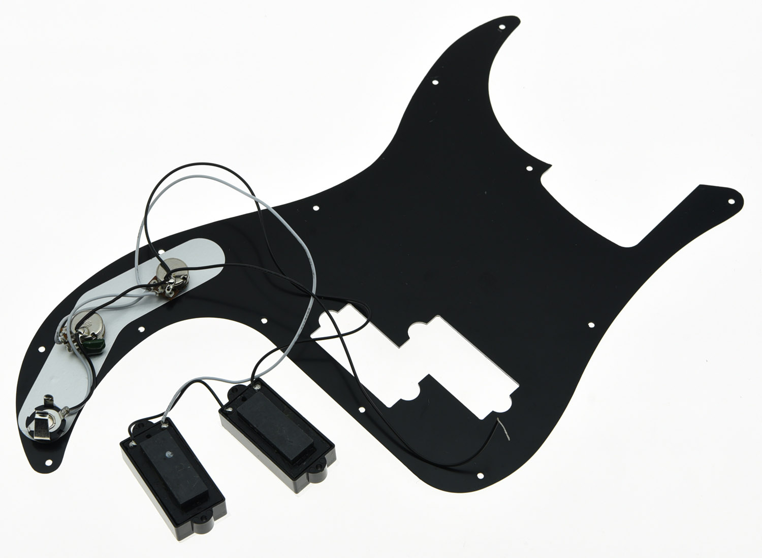 Black 3 Ply Prewired Loaded P Bass Pickguard for Precision Bass Guitar цена