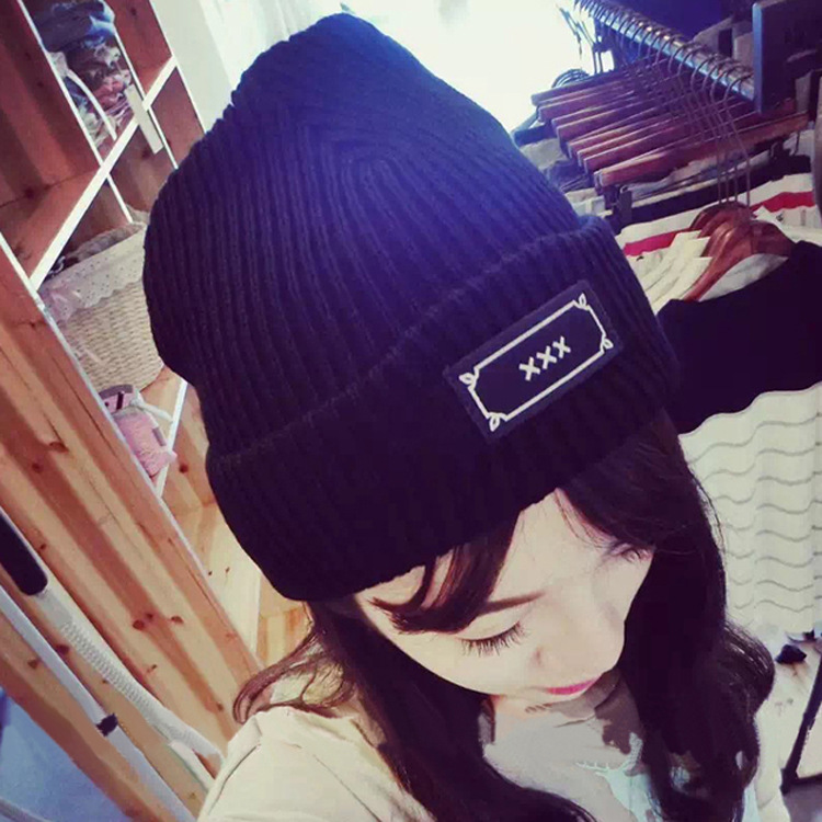 Han edition leisure letters embroidery patch knitting wool hat warm hat tide of men and women lovers cap