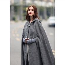 2017 Winter Cloak Hooded Coat Women Vintage Gothic Cape Poncho Coat Medieval Victorian Warm Long Cape Trench