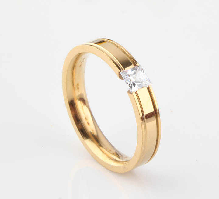 Gold color CZ Crystal Stone Titanium Steel Ring for Women, Korean Fashion Jewelry Accessories ( US Size 7 8 910 11 )