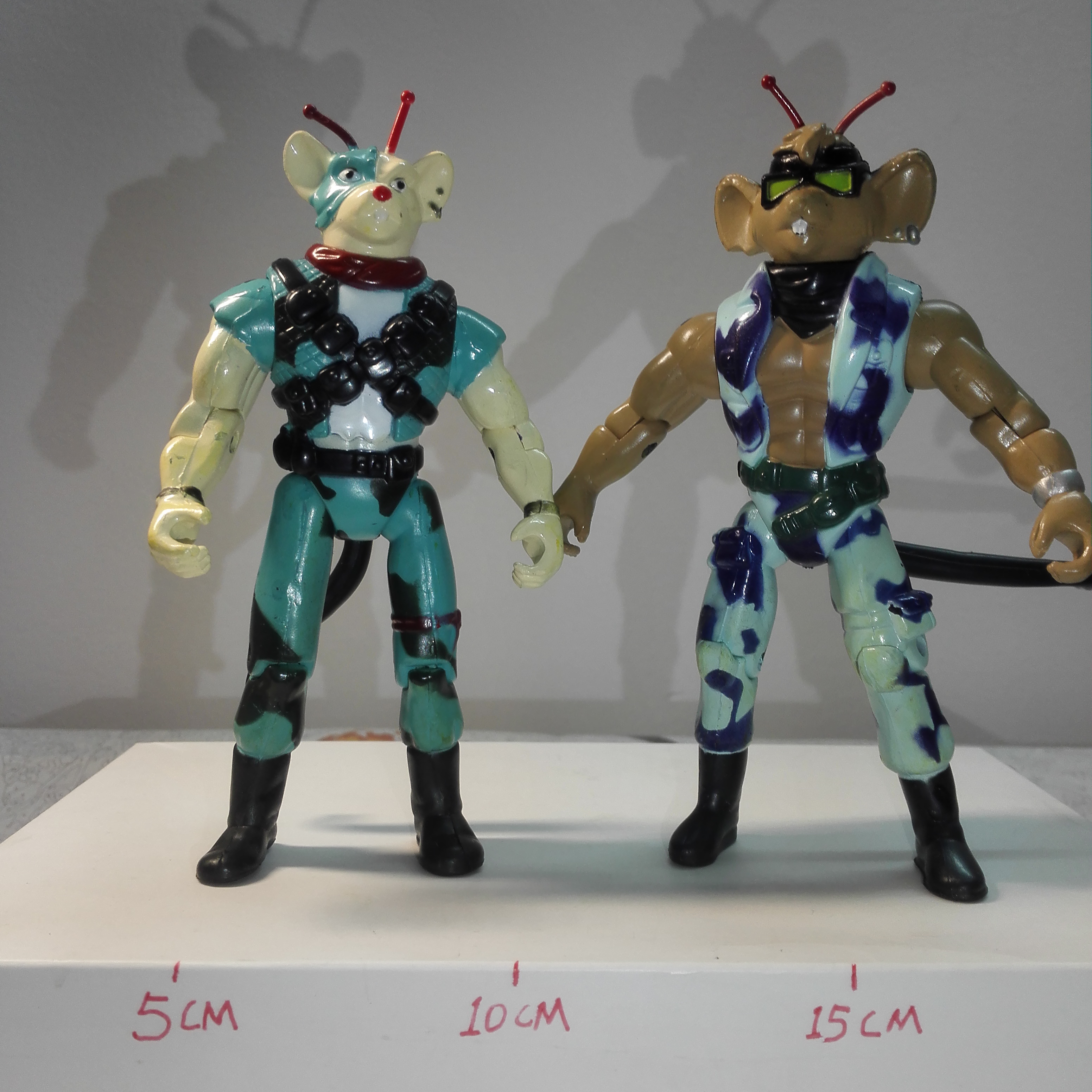 2pic/set Biker Mice From Mars Marvel Heroes Figures Cartoon Action Original Factory High Quality Imperfect Toys For Children