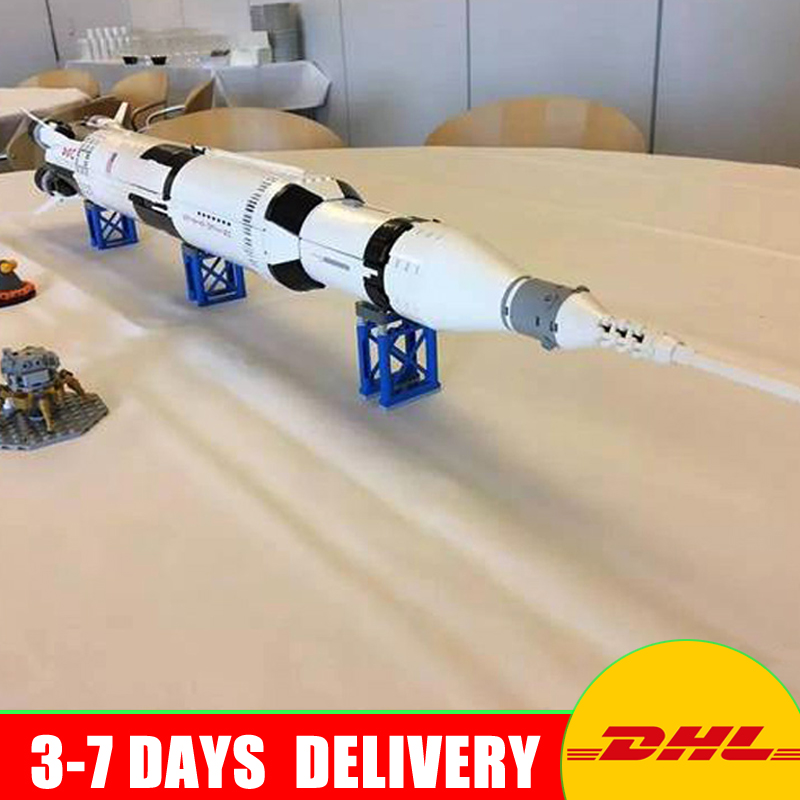 IN STOCK Lepin 37003 2009Pcs The Apollo Saturn V Launch Vehicle Set Children Educational Building Blocks Bricks Toy 21309 lepin 37003 creative series apollo saturn launch vehicle set building block bricks toys 1969pcs kids gifts 21309
