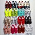 17 colores hechos a mano del bebé mocasín suave Mocca Kids Soft suela antideslizante genuina niño de cuero Prewalkers zapatos