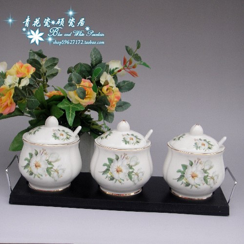 Jingdezhen ceramic pot seasoning Magnolia Phnom Penh bone porcelain seasoning cans of three suits to send