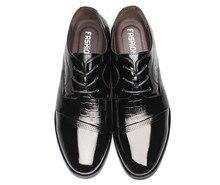 Высокое Качество Кожаные Ботинки, Свадебная Обувь, Мужчины Платье Обувь, Весна Британский Стиль Моды для Мужчин Оксфорд Для человек Sapatos Masculinos