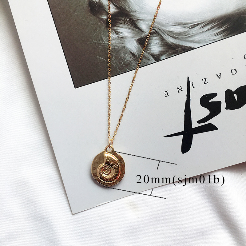 19 New Fashion Gold Color Alloy Cowrie Shell Necklace for Women Conch Chain Pendant Necklace Summer Jewelry Starfish Collar 8