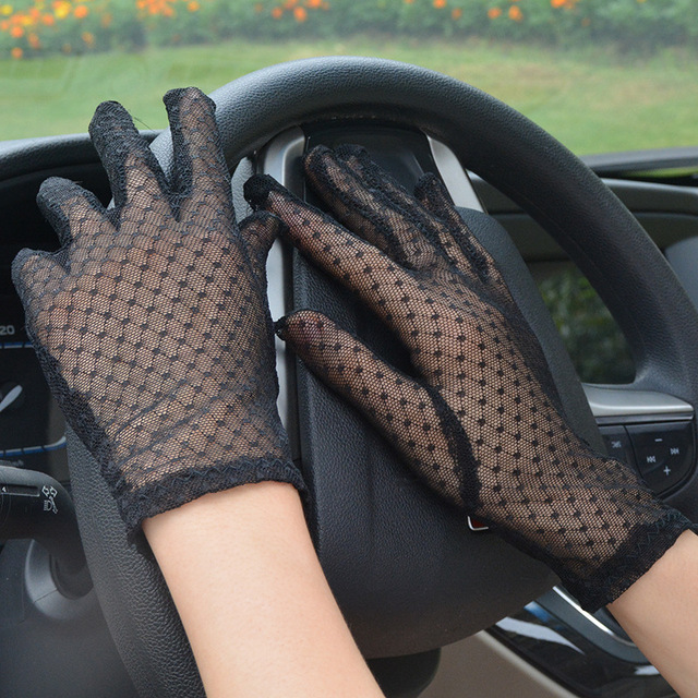 Sexy Lace Mesh Gloves Women Summer Black Anti UV Sunscreen Driving Gloves Lady Elegant Full Finger Glove Party Dance Mittens 2