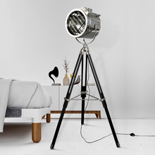 Modern LED Searchlight Floor Lights Tripod Base Gold Standing Lamps Chrome Lampshade Metal Luminaria