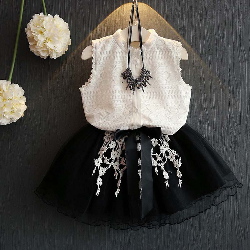New product boutique children clothing sets lacesingle breasted sleeveless top clothing  embroidery black skirt New product boutique children clothing sets lacesingle breasted sleeveless top clothing  embroidery black skirt