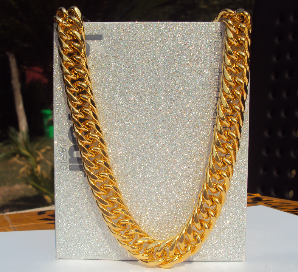 Big Miami Cuban Link 24 Necklace Thick about 25mil 100% Gold Finish Thick Chain 12mm 7 days no reason to refundBig Miami Cuban Link 24 Necklace Thick about 25mil 100% Gold Finish Thick Chain 12mm 7 days no reason to refund