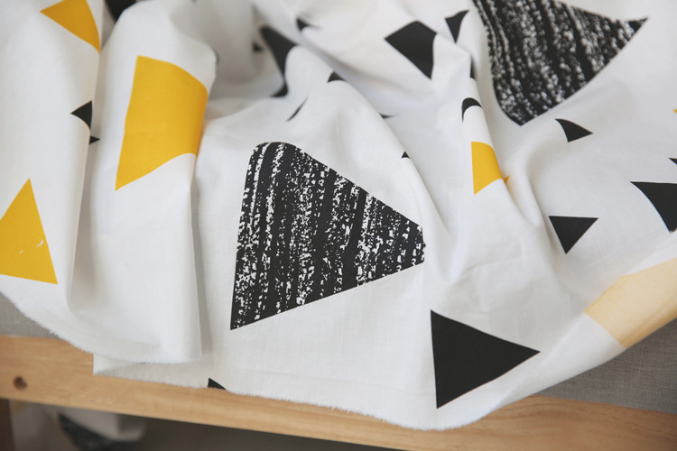 free shipping Black and white triangle cotton bed cloth fabric children s adult bed linen cotton fabric width 2.35 m