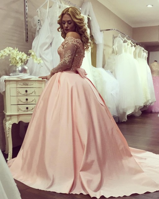 Elegant Pink Wedding Dresses 2017 Boat Neck Liques Lace Long Sleeves Ball Gown Guest